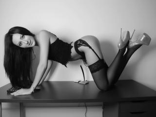 Brittnnay strap on sex show